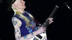 """El guitarrista de las nieves"": Johnny Winter"